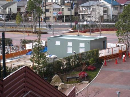 屋外トイレ0204.JPG