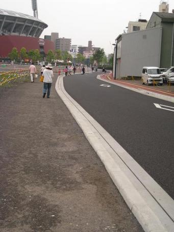 歩道2.JPG