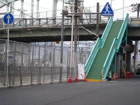 JR沿い市道フェンス-2.JPG