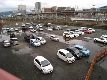 y-駐車場.JPG